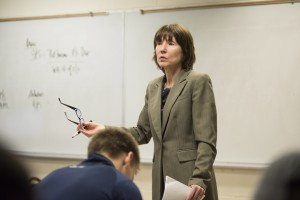 Tracey Niemotko teaching in a classroom.
