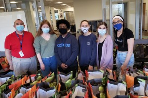 Medici Scholars photographed together with the swag bags.