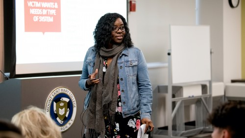Criminology professor sharing research