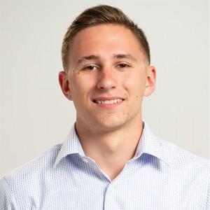 Headshot of Kyle Robbins
